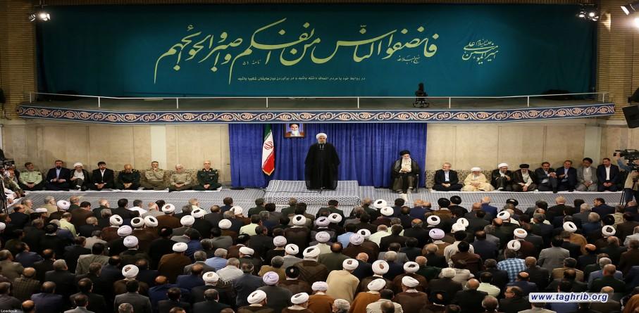 روحاني: قادرون على العبور من المشاكل بالتضحية والوحدة