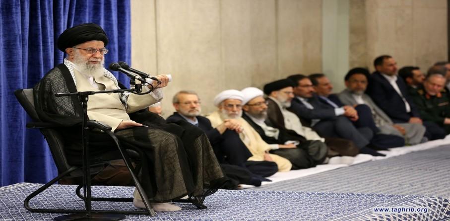 لقاء الإمام الخامنئي مع مسؤولي النظام