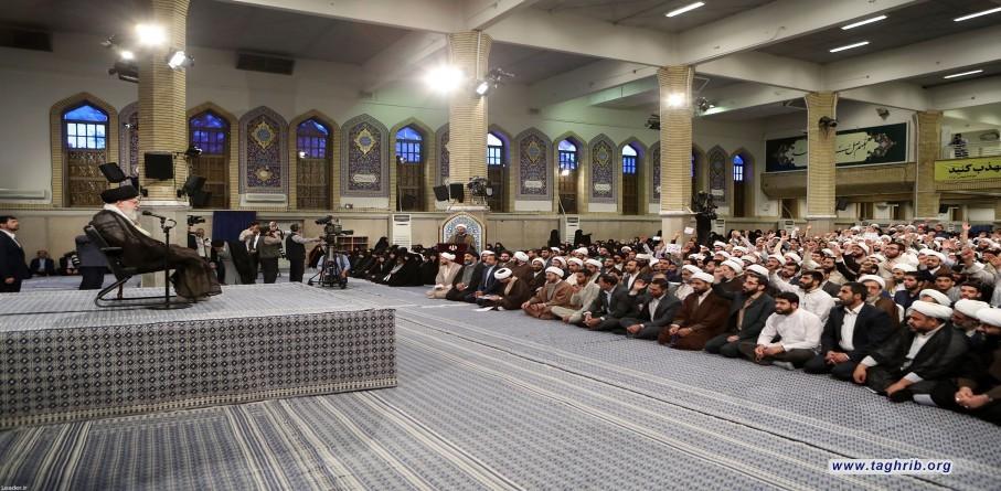 لقاء رمضاني لطلاب الحوزات العلميّة بالإمام الخامنئي