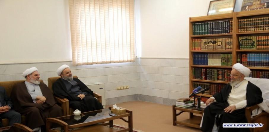 الامين العام للمجمع العالمي للتقريب المذاهب الاسلامية يلتقي مع المرجع الديني آية الله مكارم الشيرازي