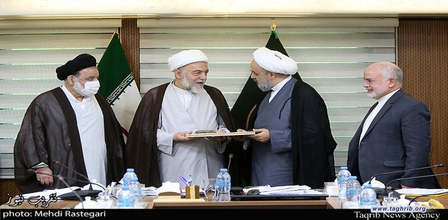 """حجة الاسلام و المسلمين الدكتور """"حميد شهرياري"""" يجتمع مع اعضاء مجلس المعاونين المجمع العالمي للتقريب بين المذاهب الاسلامية"""