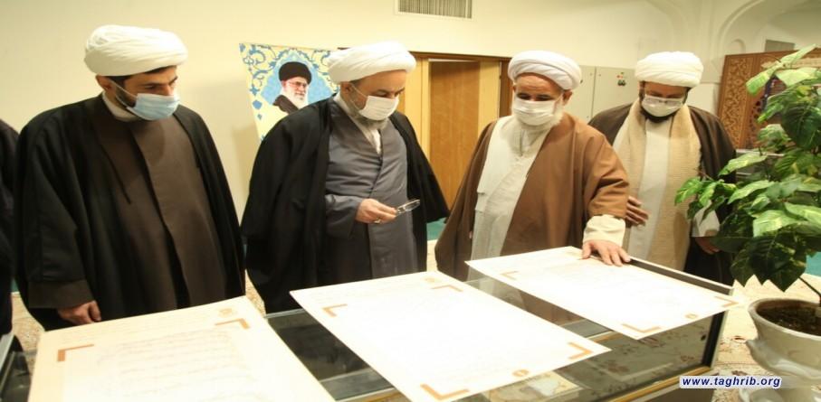 """الدكتور """"حميد شهرياري"""" يزرو مركز التراث و التوثيق للعتبة المعصومية المقدسة"""